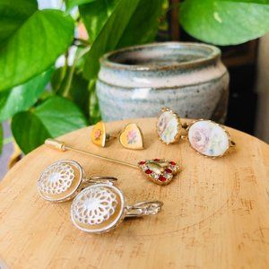 ⌈Vintage⌋ Hearts and Lace Vintage Pin and Earrings